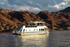 Houseboating.org - Lake Mead Houseboat Rentals